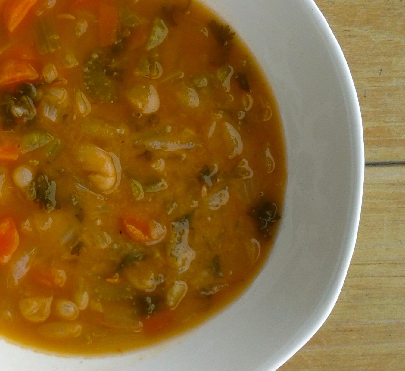 Fasoulada (Greek BeanSoup)
